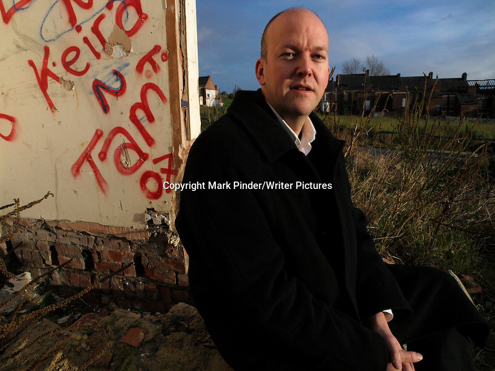 Richard T. Kelly, Author of the novel 'Crusaders' photographed in Newcastle Upon Tyne, 7th December 2007<br /> <br /> Photo : Mark Pinder/Writer Pictures<br /> <br /> WORLD RIGHTS