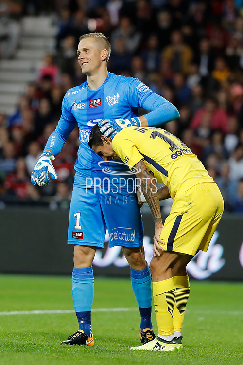 Karl-Johan JOHNSSON (En Avant De Guingamp) helped Angel Di Maria (psg) to stand up during the French championship L1 football match between EA Guingamp v Paris Saint-Germain, on August 13, 2017 at the Roudourou stadium in Guingamp, France - Photo Stephane Allaman / ProSportsImages / DPPI