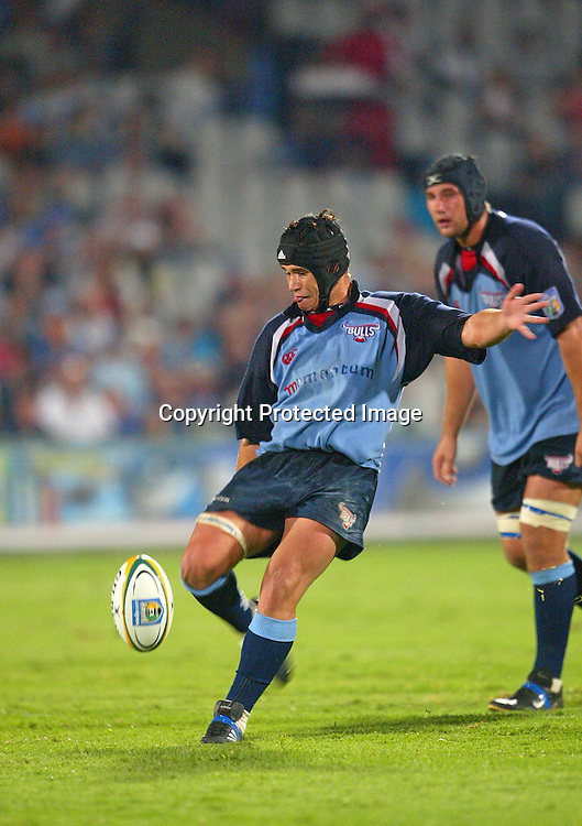 28 February, 2004. Securicor Loftus, Pretoria, South Africa. Rugby Union Super 12. Bulls vs Hurricanes.  <br /> Derick Hougaard.<br /> The Bulls won the match,  40-19.<br /> Pic: Photosport