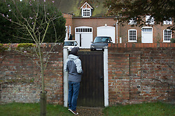 © Licensed to London News Pictures. 19/03/2016. Aylesbury, UK. Reporters gather at the home of Iain Duncan Smith. The former Conservative Party Leader has resigned his cabinet post of Work and Pensions Secretary over disagreements on welfare reform. Photo credit: Peter Macdiarmid/LNP
