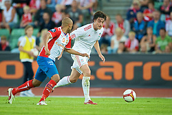 OSLO, NORWAY - Wednesday, August 5, 2009: Liverpool's Albert Riera in action against FC Lyn Oslo during a preseason match at the Bislett Stadion. (Pic by David Rawcliffe/Propaganda)