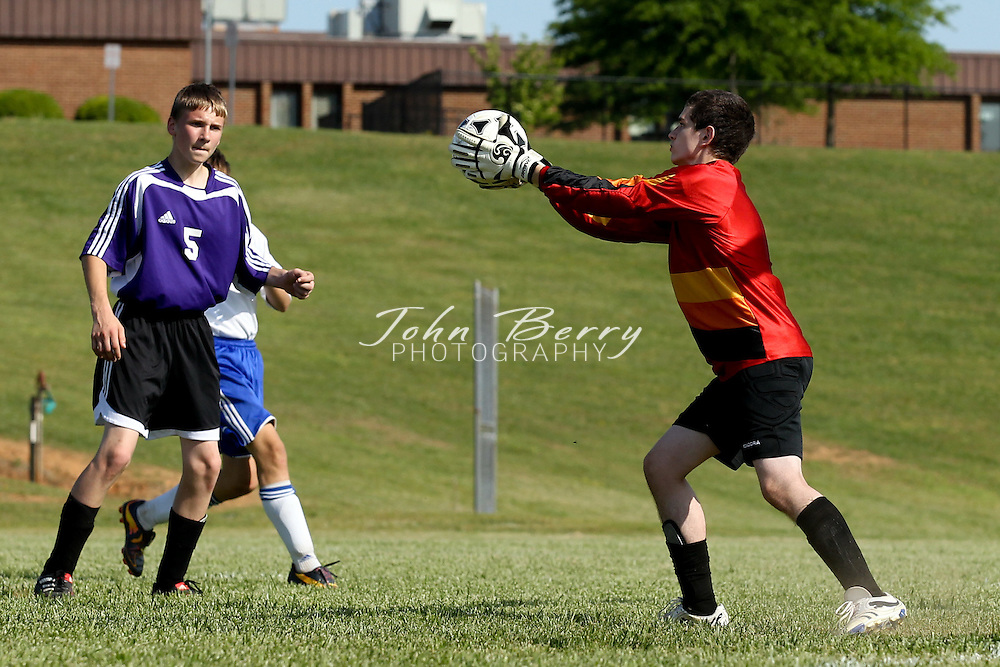 May/10/11:  MCHS JV Boys Soccer vs Strasburg.  Madison defeats Strasburg 4-1.