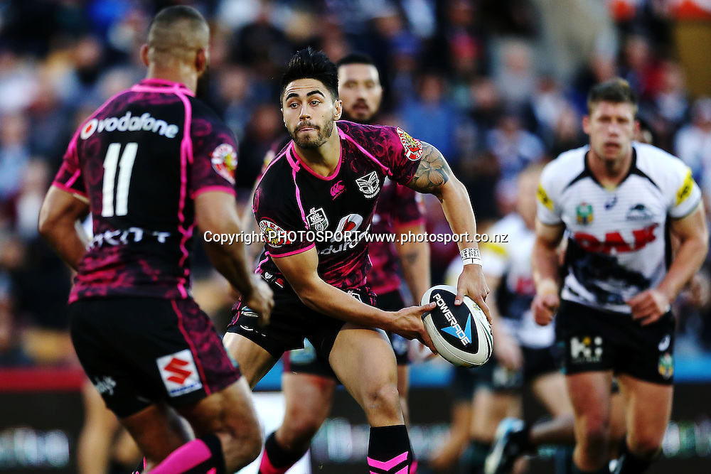 Shaun Johnson of the Warriors in action. Round 16 NRL Telstra Premiership game, Vodafone Warriors v Penrith Panthers, Mt Smart Stadium, Auckland, New Zealand. Sunday 29th June 2014. Photo: photosport.co.nz