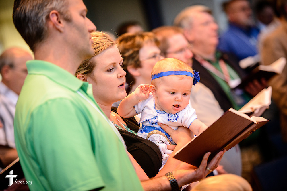 Floor-committee members, families, and Synod staff sing at worship during floor-committee weekend at the International Center of The Lutheran Church–Missouri Synod on Saturday, May 28, 2016, in Kirkwood, Mo. LCMS Communications/Erik M. Lunsford