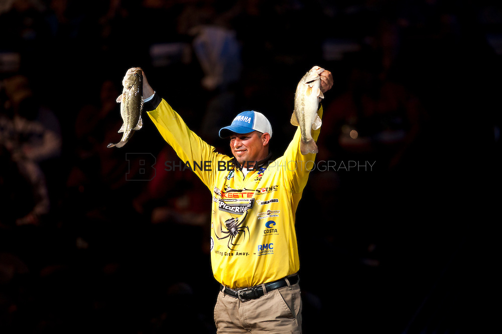 2/26/12 7:31:17 PM -- during the 2012 Bassmaster Classic on the Red River in Shreveport, La. ..Photo by Shane Bevel.Bobby Lane at the final weigh in.