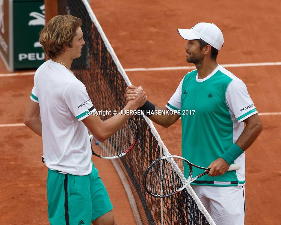 ALEXANDER ZVEREV (GER) gratuliert dem Sieger FERNANDO VERDASCO (ESP) am Netz,<br /> <br /> Tennis - French Open 2017 - Grand Slam ATP / WTA -  Roland Garros - Paris -  - France  - 30 May 2017.