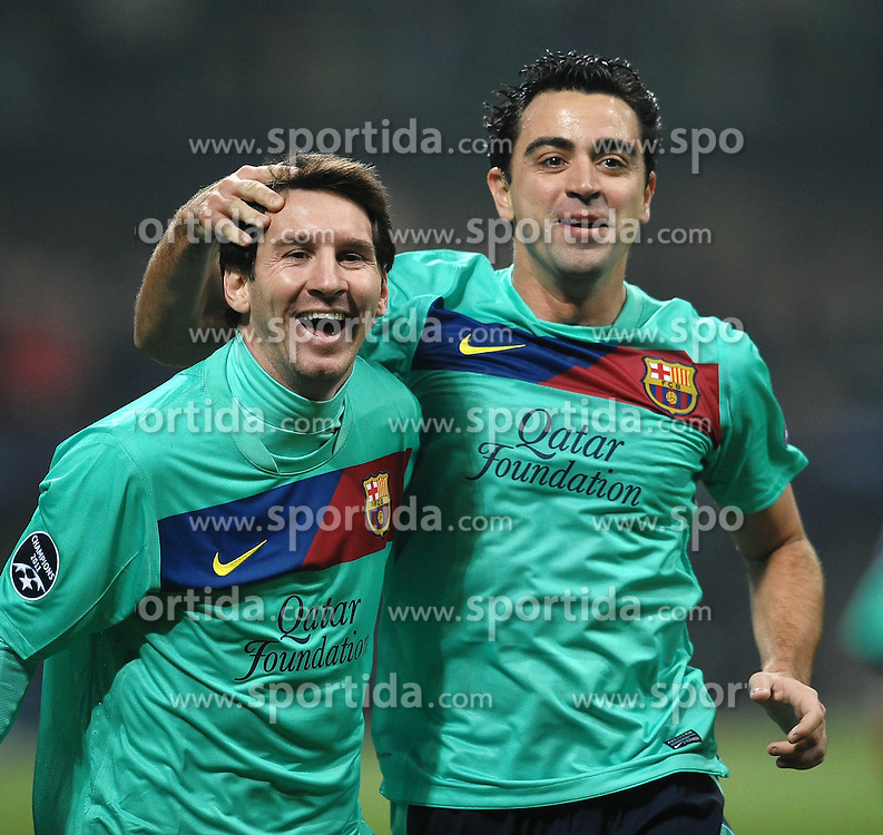 23.11.2011, Giuseppe Meazza Stadion, Mailand, ITA, UEFA CL, Gruppe H, AC Mailand (ITA) vs FC Barcelona (ESP), im Bild Esultanza di Lionel MESSI e XAVI HERNANDEZ dopo l'autogol di Mark Van BOMMEL, Goal Celebration // during the football match of UEFA Champions league, group H, between Gruppe H, AC Mailand (ITA) and FC Barcelona (ESP) at Giuseppe Meazza Stadium, Milan, Italy on 2011/11/23. EXPA Pictures © 2011, PhotoCredit: EXPA/ Insidefoto/ Andrea Staccioli..***** ATTENTION - for AUT, SLO, CRO, SRB, SUI and SWE only *****