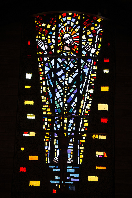 Jesus is depicted in this faceted glass window at Resurrection Church in Allouez, Wis. (Sam Lucero photo)