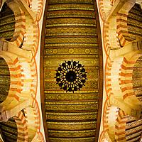 """Techo de La Mezquita-catedral de Córdoba, antes «Santa María Madre de Dios» o «Gran Mezquita de Córdoba», actualmente conocida como la Catedral de la Asunción de Nuestra Señora de forma eclesiástica, o simplemente Mezquita de Córdoba de forma general, es un edificio de la ciudad de Córdoba, Andalucia. España. The Mosque of Cordoba roof, before """"Holy Mary Mother of God"""" or """"Great Mosque of Cordoba"""", now known as the Cathedral of the Assumption of Our Lady in a church, or just Mosque of Cordoba in general, is a building city of Cordoba, Andalucia. Spain."""