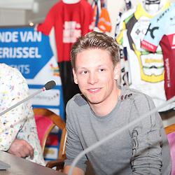 OOTMARSUM (NED) wielrennen<br /> Wielercafe in het Dorp van de Ronde Ootmarsum <br /> Lars Boven