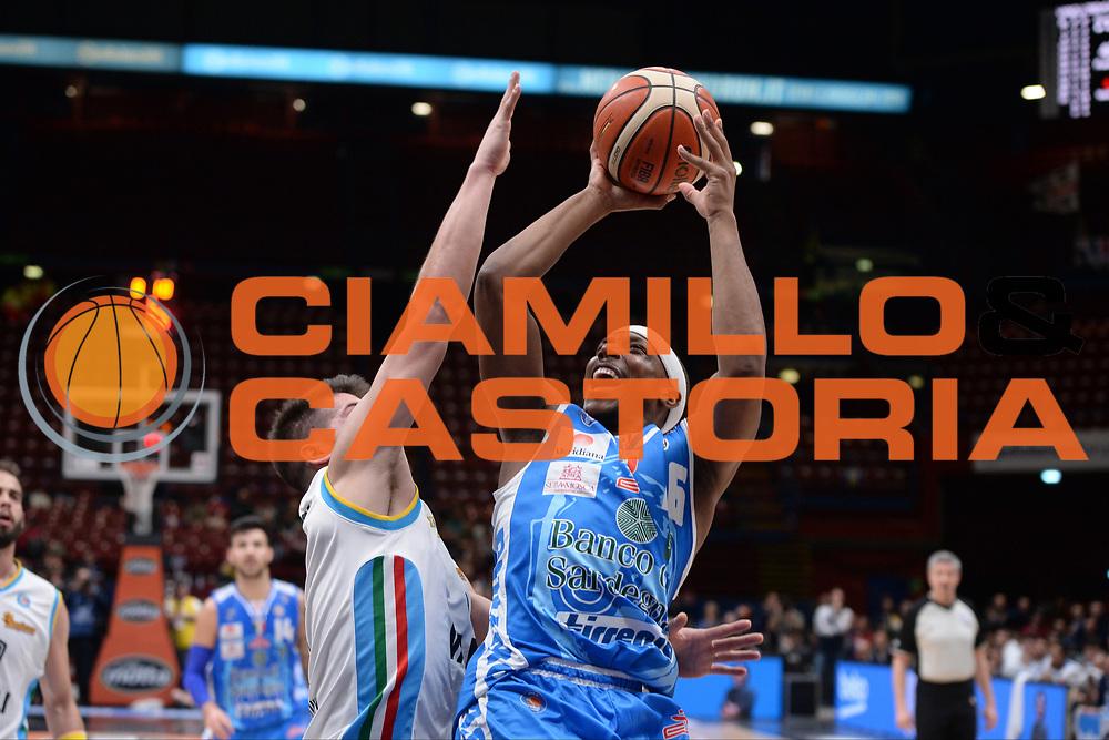 DESCRIZIONE : Milano BEKO Final Eigth  2016<br /> Vanoli Cremona - Dinamo Banco di Sardegna Sassari<br /> GIOCATORE : Akognon Josh<br /> CATEGORIA :  Tiro<br /> SQUADRA : Dinamo Banco di Sardegna Sassari<br /> EVENTO : BEKO Final Eight 2016<br /> GARA : Vanoli Cremona - Dinamo Banco di Sardegna Sassari<br /> DATA : 19/02/2016<br /> SPORT : Pallacanestro<br /> AUTORE : Agenzia Ciamillo-Castoria/M.Longo<br /> Galleria : Lega Basket A 2016<br /> Fotonotizia : Milano Final Eight  2015-16 Vanoli Cremona - Dinamo Banco di Sardegna Sassari<br /> Predefinita :