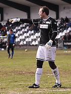 FODBOLD: Målmand Mads Hamberg (Helsingør) under kampen i Danmarksserien, pulje 1, mellem HB Køge og Elite 3000 Helsingør den 1. april 2010 på Køge Stadion. Foto: Claus Birch