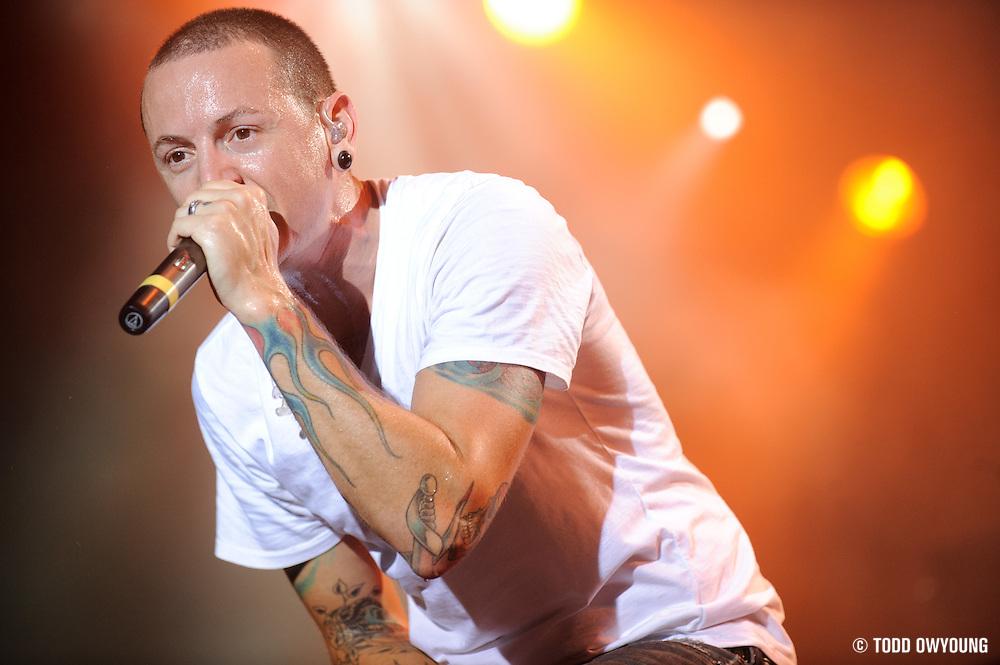 Linkin Park performing on the Projekt Revolution Tour 2008 in St. Louis, Missouri on August 28, 2008.
