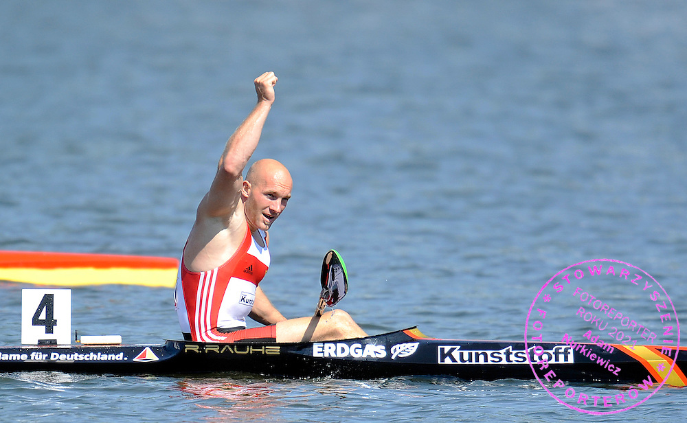 RONALD RAUHE (GERMANY) CELEBRATES HIS SILVER MEDAL IN MEN'S K1 200 METERS FINAL A RACE DURING 2010 ICF KAYAK SPRINT WORLD CHAMPIONSHIPS ON MALTA LAKE IN POZNAN, POLAND...POLAND , POZNAN , AUGUST 22, 2010..( PHOTO BY ADAM NURKIEWICZ / MEDIASPORT ).