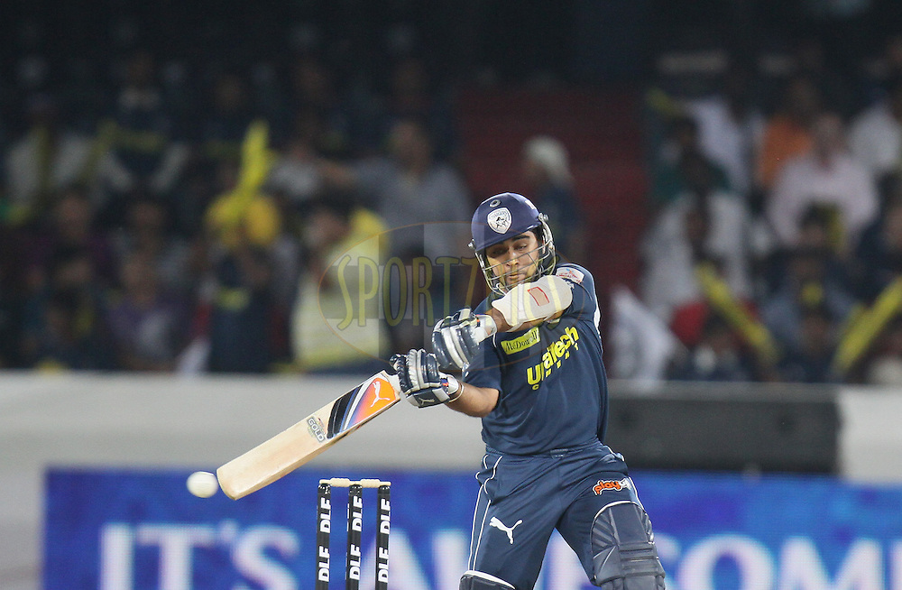 Sunny Sohal of Deccan Chargers plays a shot  during match 11 of the Indian Premier League ( IPL ) between the Deccan Chargers and the Royal Challengers Bangalore held at the Rajiv Gandhi International Cricket Stadium in Hyderabad on the 14th April 2011...Photo by Parth Sanyal/BCCI/SPORTZPICS