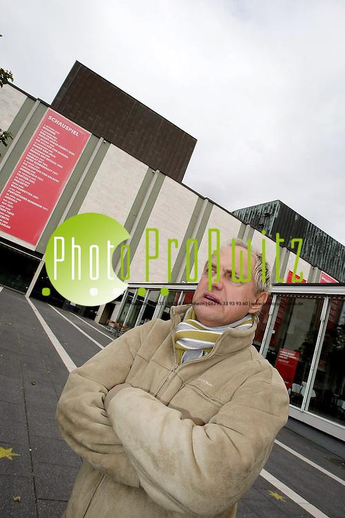 Mannheim. Nationaltheater. ARTE dreht Film &uuml;ber Uwe Ochsenlnecht.<br /> <br /> <br /> Bild: Markus Pro&szlig;witz<br /> <br /> ++++ Archivbilder und weitere Motive finden Sie auch in unserem OnlineArchiv. www.masterpress.org ++++