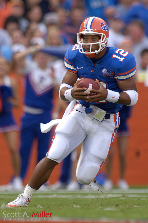 Sept. 9, 2006; Gainesville, FL, USA; Florida Gators quarterback Chris Leak runs up field in the first half against the Central Florida Golden Knights at Ben Hill Griffin Stadium. ...©2006 Scott A. Miller