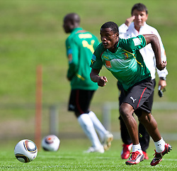 21.05.2010, Dolomitenstadion, Lienz, AUT, WM Vorbereitung, Kamerun Training im Bild Jean Patrick Abouna Ndzana, Abwehr, Nationalteam Kamerun (Astres FC de Douala), EXPA Pictures © 2010, PhotoCredit: EXPA/ J. Feichter / SPORTIDA PHOTO AGENCY