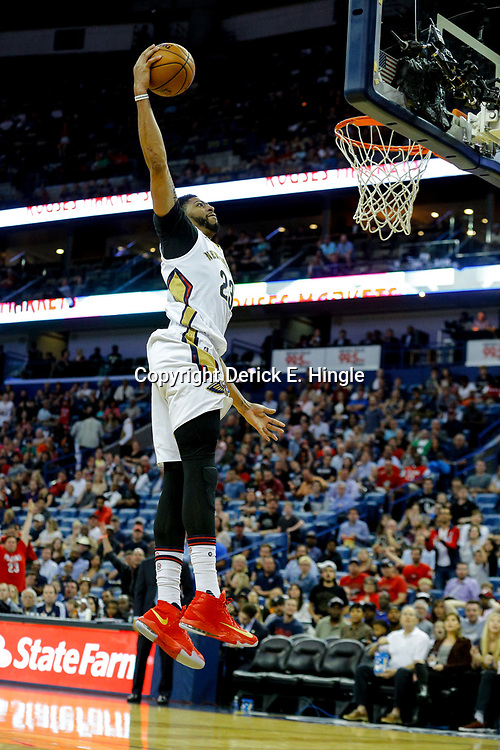 Mar 21, 2017; New Orleans, LA, USA; New Orleans Pelicans forward Anthony Davis (23) dunks against the Memphis Grizzlies during the second half of a game at the Smoothie King Center. The Pelicans defeated the Grizzlies 95-82. Mandatory Credit: Derick E. Hingle-USA TODAY Sports