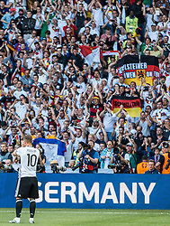 26.06.2016, Stade Pierre Mauroy, Lille, FRA, UEFA Euro 2016, Deutschland vs Slowakei, Achtelfinale, im Bild Lukas Podolski (GER) // Lukas Podolski (GER) during round of 16 match between Germany and Slovakia of the UEFA EURO 2016 France at the Stade Pierre Mauroy in Lille, France on 2016/06/26. EXPA Pictures © 2016, PhotoCredit: EXPA/ JFK