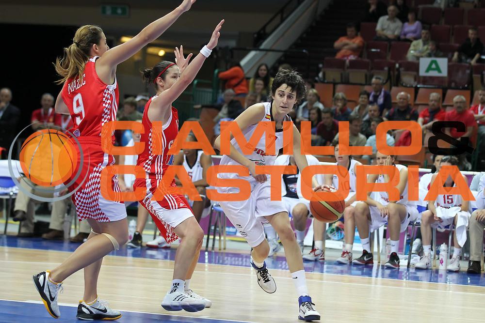 DESCRIZIONE : Katowice Poland Polonia Eurobasket Women 2011 Round 2 Spagna Croazia Spain Croatia<br /> GIOCATORE : Alba Torrens<br /> SQUADRA : Spain Spagna<br /> EVENTO : Eurobasket Women 2011 Campionati Europei Donne 2011<br /> GARA : Spagna Croazia Spain Croatia<br /> DATA : 26/06/2011<br /> CATEGORIA :<br /> SPORT : Pallacanestro <br /> AUTORE : Agenzia Ciamillo-Castoria/E.Castoria<br /> Galleria : Eurobasket Women 2011<br /> Fotonotizia : Katowice Poland Polonia Eurobasket Women 2011 Round 2 Spagna Croazia Spain Croatia<br /> Predefinita :