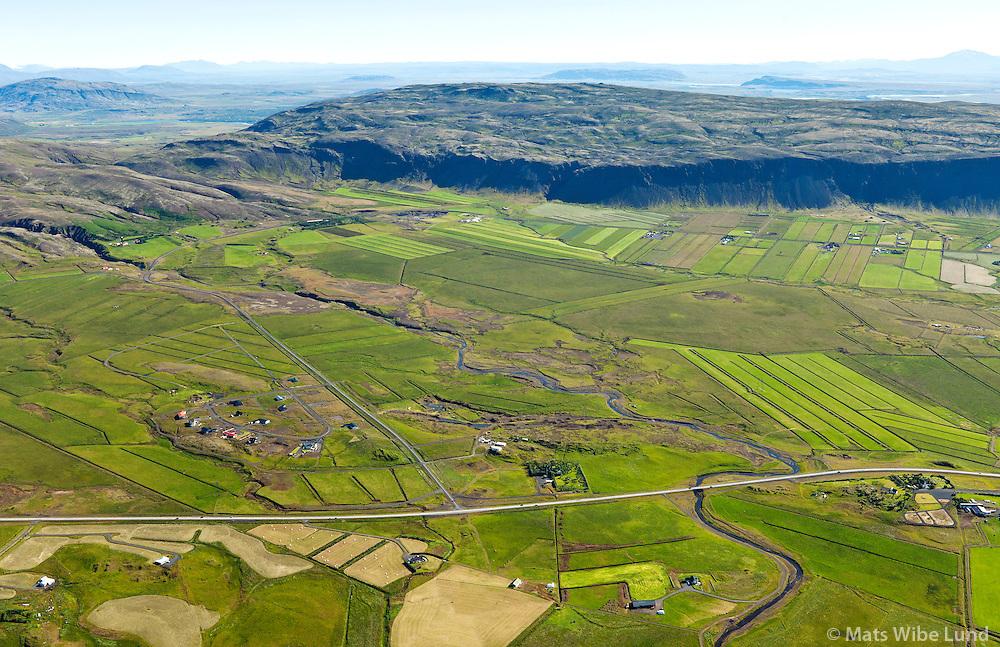 Gljúfurárholt séð til norðausturs. Sveitarfélagið Ölfus / Gljufurarholt viewing northeast. Sveitarfelagid Olfus.