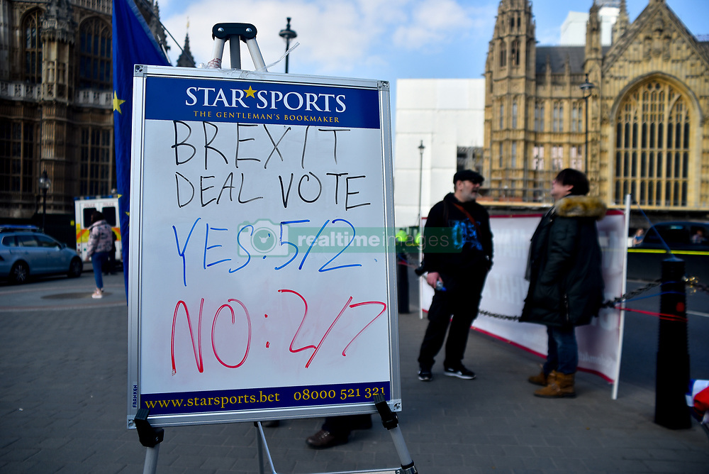 March 28, 2019 - London, England, United Kingdom - Pro Brexit demonstrators are pictured outside the Houses of Parliament, London on March 28, 2019 None of the eight proposals put to the vote in the House of Commons as an alternative to Theresa May's Brexit Deal secured clear backing of Members of Parliament. MPs voted down each one in turn last night, leaving the Prime Minister's deal as a possible way forward if the Speaker allows a third Meaningful Vote to be brought before the House. (Credit Image: © Alberto Pezzali/NurPhoto via ZUMA Press)