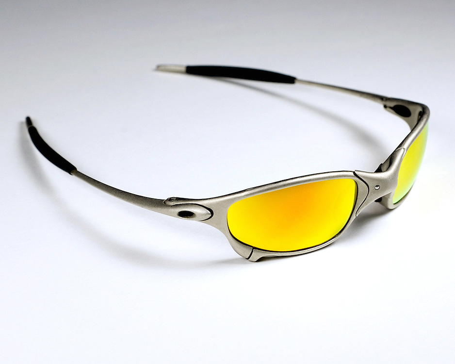 Oakley Juliet Rt. Front Profile