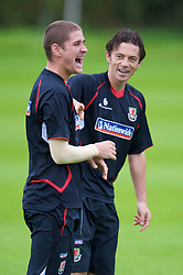 CARDIFF, WALES - Friday, September 5, 2008: Wales' captain Simon Davies and Carl Robinson during training at Vale of Glamorgan Hotel ahead of the second 2010 FIFA World Cup South Africa Qualifying Group 4 match against Russia. (Photo by David Rawcliffe/Propaganda)