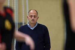 12-12-2015 NED: Prima Donna Kaas Huizen - VV Utrecht, Huizen<br /> In de Topdivisie verslaat PDK Huizen vv Utrecht met 3-1 / Coach Ali Moghaddasian