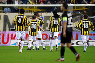 Onderwerp/Subject: Vitesse - Willem II      Eredivisie<br /> Reklame: <br /> Club/Team/Country: Vitesse - Willem II<br /> Seizoen/Season: 2009/2010<br /> FOTO/PHOTO: Vitesse's Santi KOLK (3L) celebrates his goal with goalkeeper Piet VELDHUIZEN (C)  (Photo by PICS UNITED/Aaron van Zandvoort)<br /> <br /> Trefwoorden/Keywords: <br /> #02 $28 &plusmn;1261427875599<br /> Photo- &amp; Copyrights &copy; PICS UNITED<br /> P.O. Box 7164 - 5605 BE  EINDHOVEN (THE NETHERLANDS)<br /> Phone +31 (0)40 296 28 00<br /> Fax +31 (0) 40 248 47 43<br /> http://www.pics-united.com<br /> e-mail : sales@pics-united.com (If you would like to raise any issues regarding any aspects of products / service of PICS UNITED) or<br /> e-mail : sales@pics-united.com <br /> <br /> ATTENTIE:<br /> Publicatie ook bij aanbieding door derden is slechts toegestaan na verkregen toestemming van Pics United.<br /> VOLLEDIGE NAAMSVERMELDING IS VERPLICHT! (&copy; PICS UNITED/Naam Fotograaf, zie veld 4 van de bestandsinfo 'credits')<br /> ATTENTION: <br /> &copy; Pics United. Reproduction/publication of this photo by any parties is only permitted after authorisation is sought and obtained from  PICS UNITED- THE NETHERLANDS
