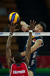 14.09.2014, Centennial Hall, Breslau, POL, FIVB WM, Kuba vs China, 2. Runde, Gruppe F, im Bild Felix Emilio Chapman Pineiro cuba #17 Jingtao Xu china #14 // Felix Emilio Chapman Pineiro cuba #17 Jingtao Xu china #14 during the FIVB Volleyball Men's World Championships 2nd Round Pool F Match beween Cuba and China at the Centennial Hall in Breslau, Poland on 2014/09/14. EXPA Pictures © 2014, PhotoCredit: EXPA/ Newspix/ Sebastian Borowski<br /> <br /> *****ATTENTION - for AUT, SLO, CRO, SRB, BIH, MAZ, TUR, SUI, SWE only*****