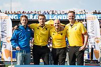 UTRECHT -  Scheidsrechters Jonas van 't Hek, Paul vd Assum ,  Pieter Hembrecht,  Coen van Bunge ,  na  de finale van de play-offs om de landtitel tussen de heren van Kampong en Amsterdam (3-1).    COPYRIGHT KOEN SUYK