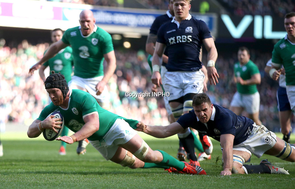 RBS 6 Nations Championship, BT Murrayfield, Edinburgh, Scotland 21/3/2015<br /> Scotland vs Ireland<br /> Ireland's Sean O'Brien scores their second try<br /> Mandatory Credit &copy;INPHO/Dan Sheridan