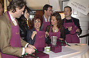 Bob Geldof, Nigella Lawson, Ruby Wax, Tim Jeffries, Jade Jagger and Harry enfield. Charity sale of the last ever sale at Asprey and Garrard. New Bond St. London. 15/1/02© Copyright Photograph by Dafydd Jones 66 Stockwell Park Rd. London SW9 0DA Tel 020 7733 0108 www.dafjones.com