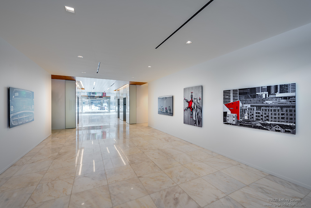 Office building interior image of 12110 Sunset Hills Rd by Jeffrey Sauers of Commercial Photographics, Architectural Photo Artistry in Washington DC, Virginia to Florida and PA to New England