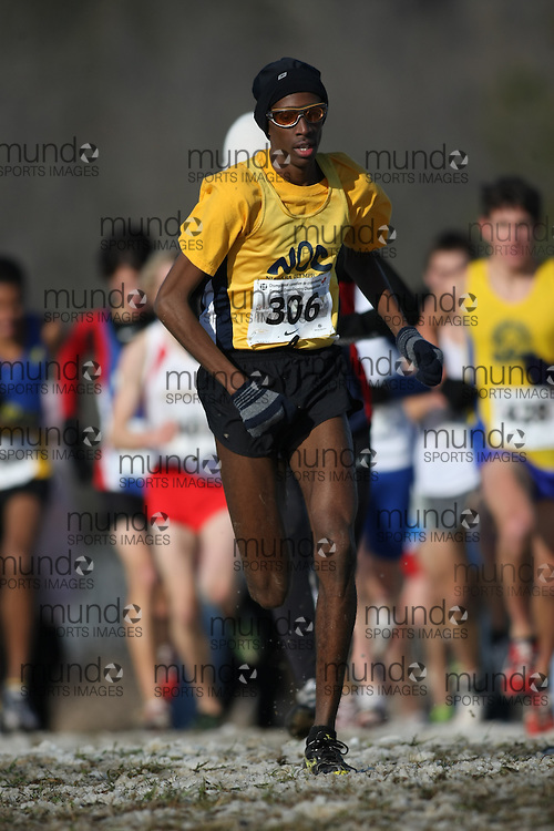 Guelph, Ontario ---29/11/08---  MOHAMMED AHMED competes in the junior mens race at the 2008 AGSI Canadian Cross Country Championships in Guelph, Ontario, November 29, 2008..Sean Burges Mundo Sport Images