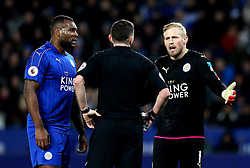Wes Morgan and Kasper Schmeichel of Leicester City speak with the referee - Mandatory by-line: Robbie Stephenson/JMP - 27/02/2017 - FOOTBALL - King Power Stadium - Leicester, England - Leicester City v Liverpool - Premier League