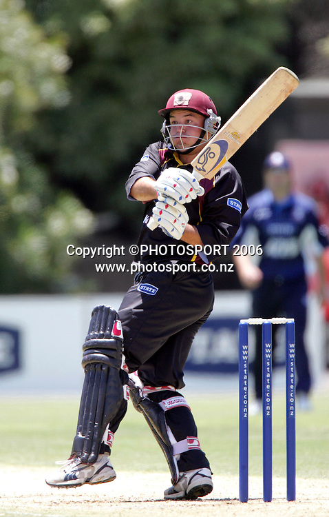 Northern's Alun Evans batting during round 4 of the State Shield cricket match between the Auckland Aces and the Northern Knights at Eden Park, Auckland, New Zealand on Tuesday 10 January 2006. Photo: Andrew Cornaga/Photosport<br /> <br /> 100106 batsman