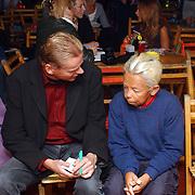 Winterpresentatie BNN, Bart de Graaf in gesprek met een journalist