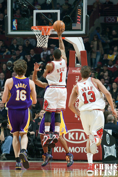 15 December 2009: Chicago Bulls guard Derrick Rose scores during the Los Angeles Lakers 96-87 victory over the Chicago Bulls at the United Center, in Chicago, Illinois, USA.