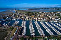 France, Manche (50), Cotentin, Saint-Vaast-la-Hougue, la ville et le port // France, Normandy, Manche department, Cotentin, Saint-Vaast-la-Hougue, the city and the port
