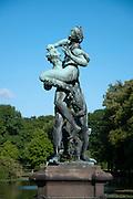 Statue, Schloss Bueckeburg, Weserbergland, Niedersachsen, Deutschland.| .statue, Schloss Bueckeburg, Weserbergland, Lower Saxony, Germany.
