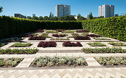 Plants Strips Bricks - coordinated bricks and plants, one of the Garden Settings , ideas for urban gardens ,IGA 2017 International Garden Festival (International Garten Ausstellung) in Berlin, Germany