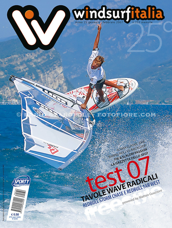 Cover Windsurfitalia n 232 Gen-Feb Gollito Estredo Lago di Garda italy ION Photo Award
