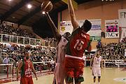DESCRIZIONE : Ferentino LNP Lega Nazionale Pallacanestro DNA playoff 2011-12 FMC Ferentino Paffoni Omegna<br /> GIOCATORE : Ihedioha Francesco<br /> CATEGORIA : tiro<br /> SQUADRA : FMC Ferentino <br /> EVENTO : LNP Lega Nazionale Pallacanestro DNA playoff 2011-12 <br /> GARA : FMC Ferentino Paffoni Omegna<br /> DATA : 10/05/2012<br /> SPORT : Pallacanestro<br /> AUTORE : Agenzia Ciamillo-Castoria/M.Simoni<br /> Galleria : LNP  2011-2012<br /> Fotonotizia :Ferentino LNP Lega Nazionale Pallacanestro DNA playoff 2011-12 FMC Ferentino Paffoni Omegna<br /> Predefinita :