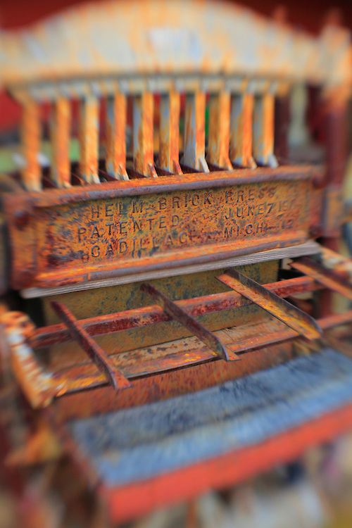 Brick Press - Pottsville - Merlin, Oregon - Lensbaby