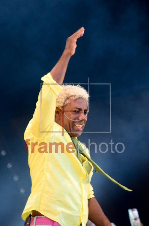 ROCK IN RIO IVO MEIRELLES, FERNANDA ABREU E ELBA RAMALHO - RIO DE JANEIRO - 21/09/2013 - Show de Ivo Meirelles, Fernanda Abreu e Elba Ramalho no Palco Sunset no sexto dia de evento na cidade do rock, zona oeste do Rio de Janeiro. FOTO: ADRIANO ISHIBASHI/FRAME