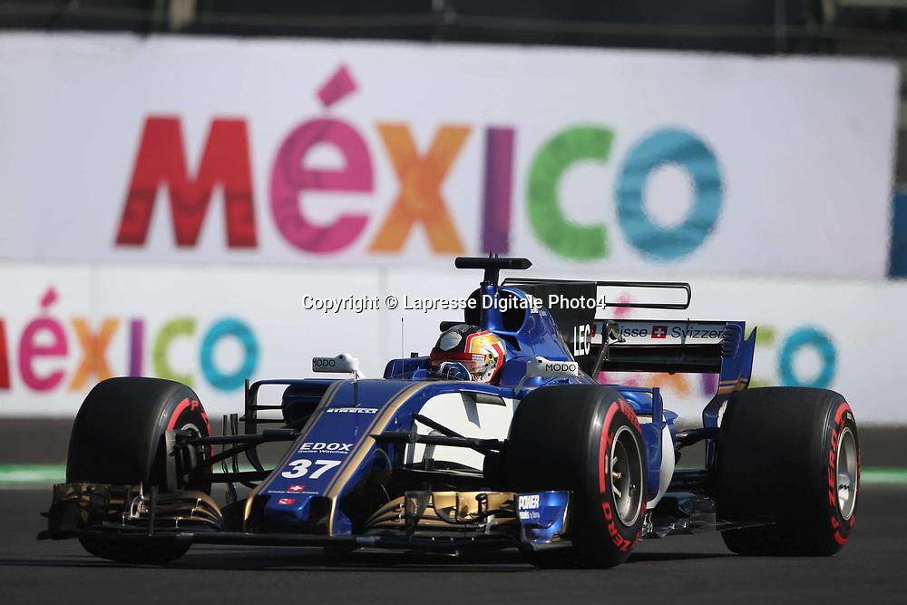 &copy; Photo4 / LaPresse<br /> 27/10/2017 Mexico City, Mexico<br /> Sport <br /> Grand Prix Formula One Mexico 2017<br /> In the pic: Charles Leclerc (MON) Test Driver, Ferrari