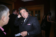 Wallid Juffali. 4 Inches, A  Photographic Auction in aid of the Elton John Aids Foundation hosted by Tamara Mellon and Arnaud Bamberger. Christie's. 8 King St. London. 25 May 2005. ONE TIME USE ONLY - DO NOT ARCHIVE  © Copyright Photograph by Dafydd Jones 66 Stockwell Park Rd. London SW9 0DA Tel 020 7733 0108 www.dafjones.com